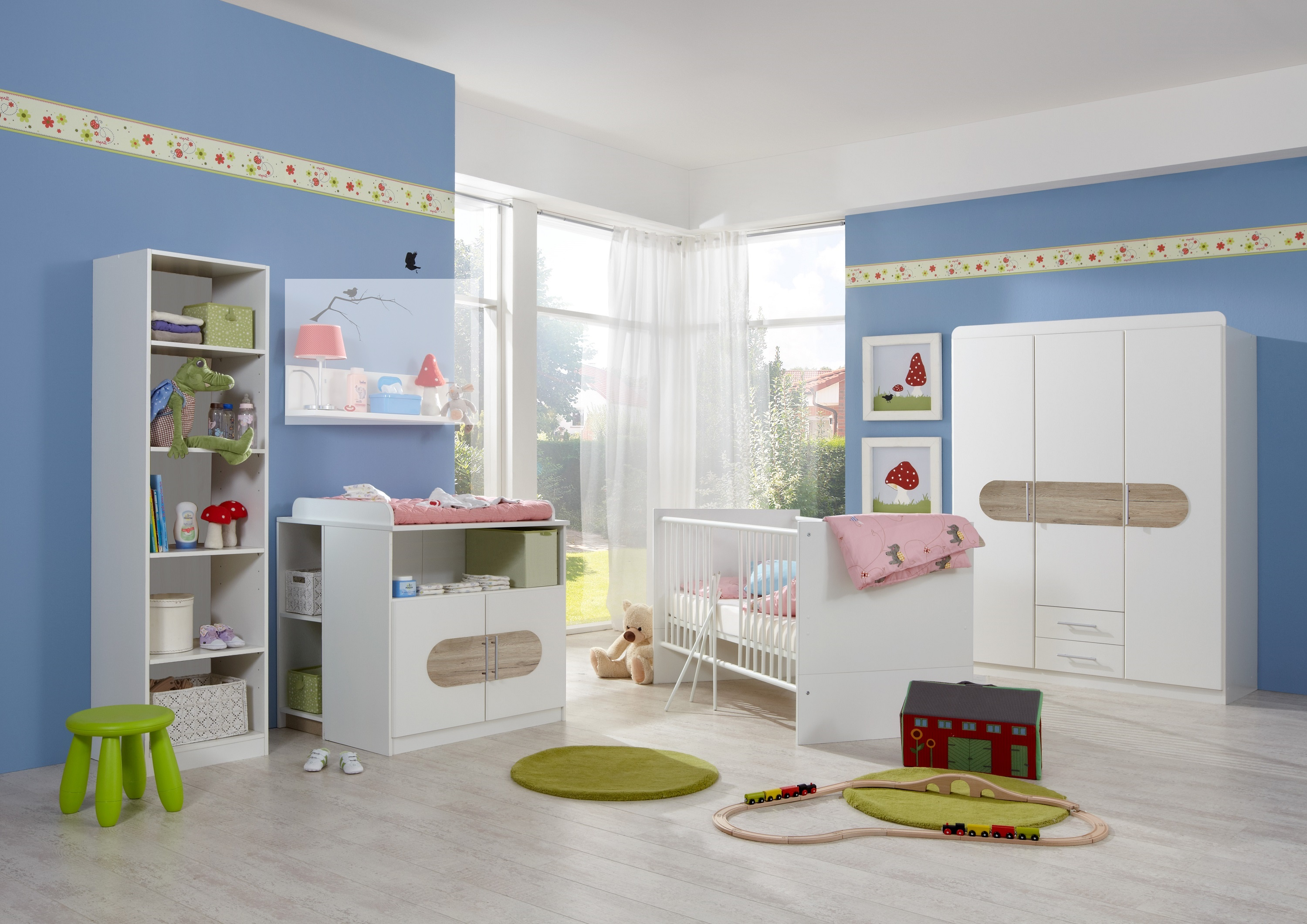 babyzimmer set lilly 6t komplett bett wickelkommode schrank regal san remo eiche ebay. Black Bedroom Furniture Sets. Home Design Ideas