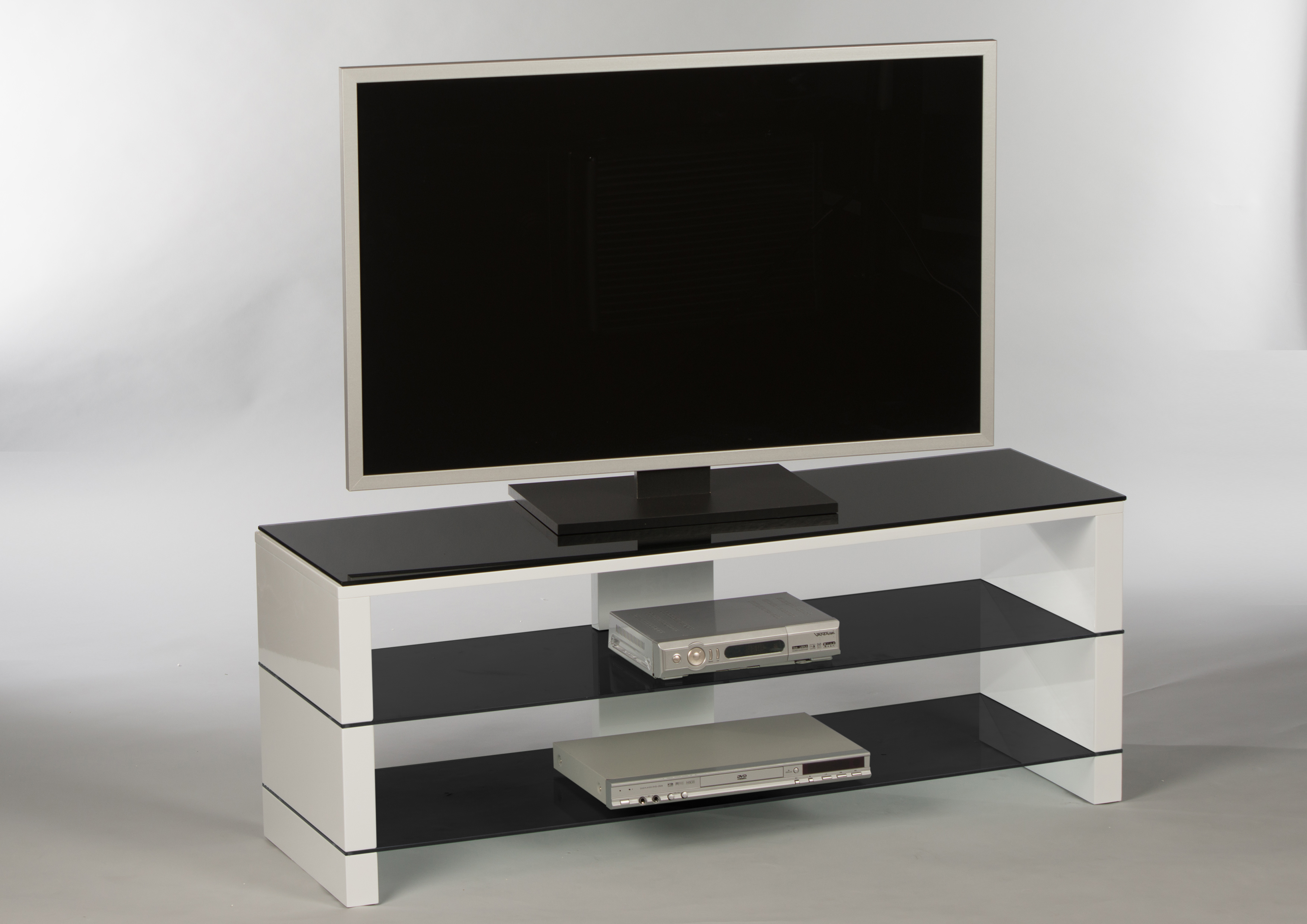 tv lowboard pisa fernsehtisch rack sideboard fernsehschrank tisch weiss schwarz ebay. Black Bedroom Furniture Sets. Home Design Ideas