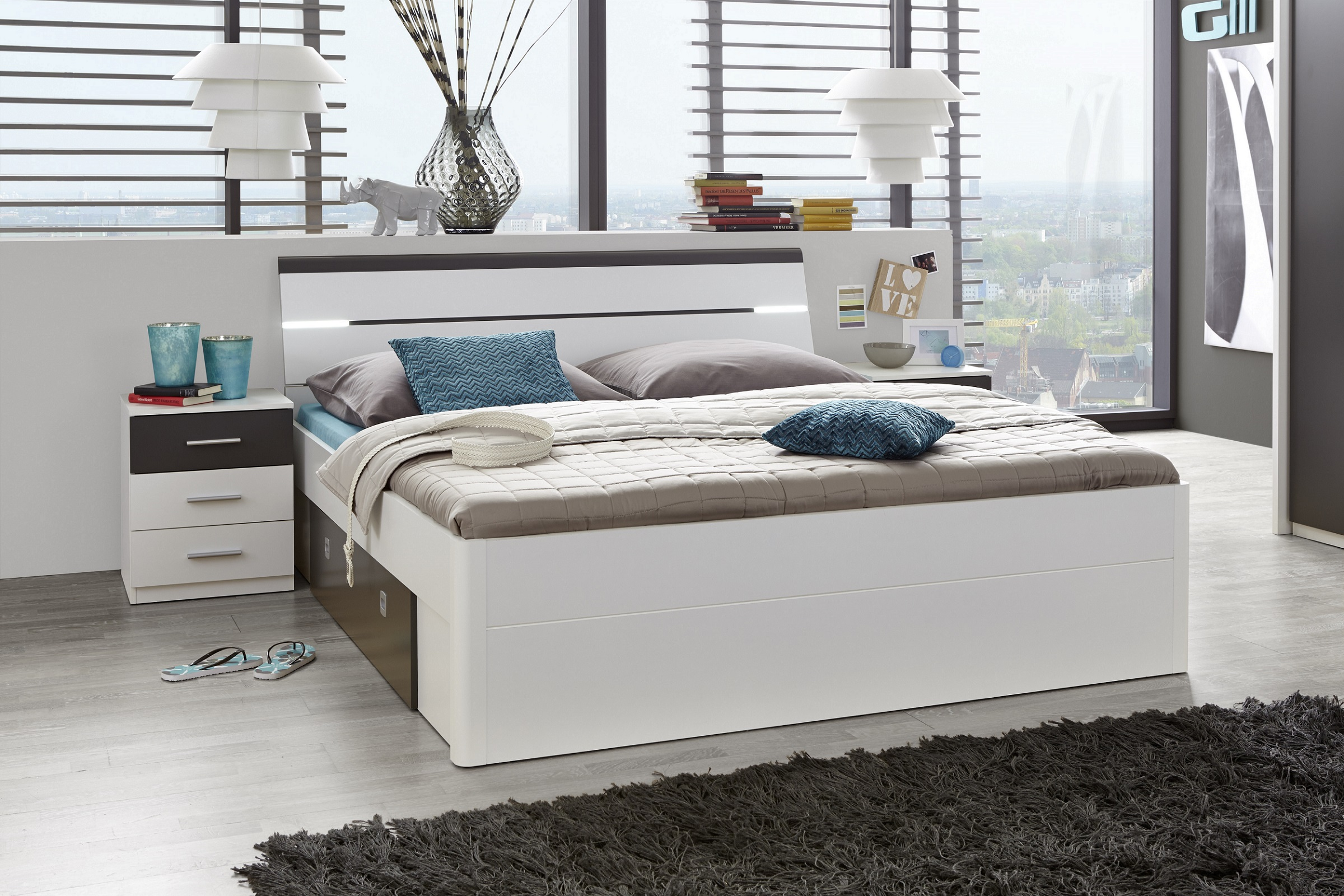 doppelbett mit nachtkommoden bett 180 x 200 cm ehebett wei grau nachtkommoden 5901738007239 ebay. Black Bedroom Furniture Sets. Home Design Ideas